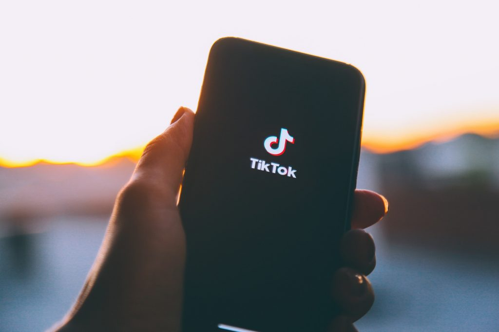 The Ultimate Guide for Promoting Your Online Fitness Business on TikTok